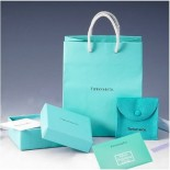 TiffanyBox-0001-419x420